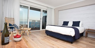 A photo of Oceanfront Motel and Luxury Apartments accommodation - BookinDirect
