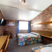 A photo of Allan Cunningham Motel accommodation - BookinDirect